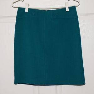 LE CHATEAU skirt, button detail, thick material